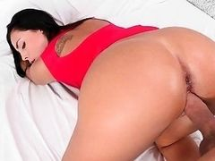 Naughty Naughty Gianna Nicole Knows What She Wants