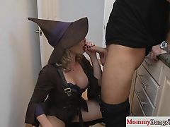 Cosplay loving stepmom banged in taboo trio