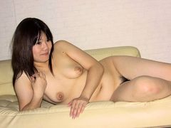 Akiko Miyake in Chubby lady, Akiko Miyake is showing her hairy pussy - AviDolz