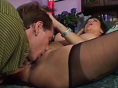 Mature chick seduces & bangs a big cock