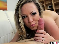 FACEFUCKING STEPMOM CARMEN VALENTINA