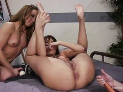 threesome with lesbian anal insertion