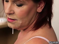 Spicy bombshell gets sperm shot on her face swallowing all t