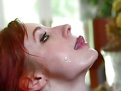 Violet Monroe does Deepthroat