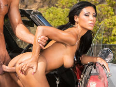 Cassandra Cruz In Anal Car Wash Angels, Scene 2